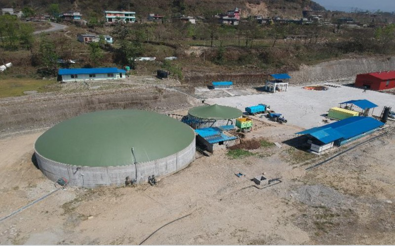 Prospects of Large Bio-gas plants in Nepal